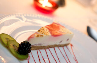 Red Rose Diner Cheesecake